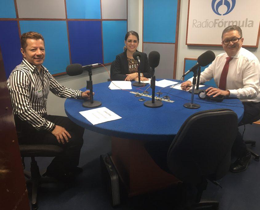 Programa TIEMPO FUERA con Enrique Campos